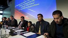 """Giftgasangriff nur inszeniert?: Russland präsentiert 15 syrische """"Zeugen"""""""