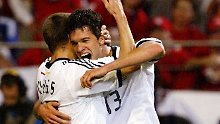 Seoul, 27. Juni 2002: Das bisher letzte Mal, das die deutsche Fußball-Nationalmannschaft bei einer WM gegen Südkorea spielte. Es war das Halbfinale in Seoul, die DFB-Elf gewann mit 1:0 - und das Tor schoss Michael Ballack. Vielleicht sollte Rosa das wissen.