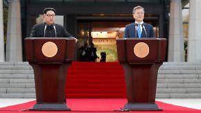 """O-Töne von Kim und Moon: """"Komplette nukleare Abrüstung ist unser gemeinsames Ziel"""""""