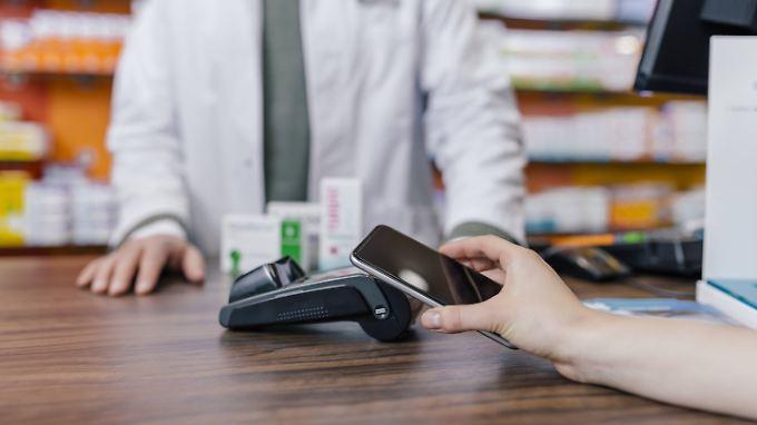 Erst sieben Prozent der Verbraucher in Deutschland haben bereits mit dem Smartphone bezahlt, so die Studie.