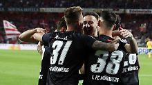 Club vor dem achten Aufstieg: Nürnberg stürmt Bundesliga entgegen
