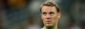TOR: Manuel Neuer (FC Bayern München), 32 Jahre alt, 74 Länderspiele. Ob der Fuß hält? Löw wird beim Keeper kein Risiko eingehen und hoffen, dass die etatmäßige Nummer eins noch fit wird.