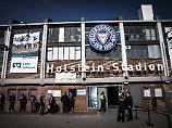 Holstein Kiel will unbedingt im eigenen Stadion bleiben.