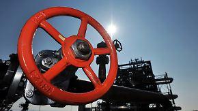Säbeltanz und Iran-Sanktionen: Trump hat steigenden Ölpreis in der Hand