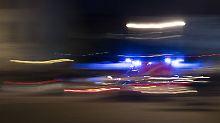 Trotz Blaulicht und Sirene: Muss Rettungsfahrer bei Unfall haften?
