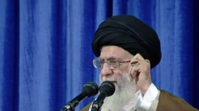 Chamenei verlangt Garantien: Europäer wollen an Iran-Vertrag festhalten