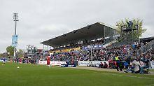 DFL genehmigt Holstein-Stadion: Kiel muss bei Aufstieg doch nicht umziehen