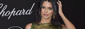 Fast nackt auf dem roten Teppich: Kendall Jenner gewährt freie Sicht