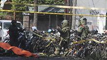 Tote und Verletzte: Familie greift Kirchen in Indonesien an