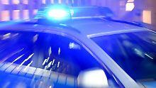 Pistorius empört sich: 60 Autonome greifen Polizisten-Haus an