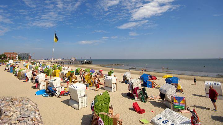 Auf der Nordsee-Insel Föhr können sie am Wochenende die Sonne genießen.