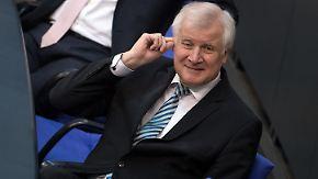 Opposition fordert U-Ausschuss: Seehofer geht im Bamf-Skandal in die Offensive