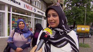 """""""Wichtig, was im Kopf ist, nicht darauf"""": Kopftuchträgerinnen wehren sich gegen Weidel-Aussage"""