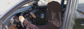 Noch etwa einen Monat, dann ist Frauen auch in Saudi-Arabien das Autofahren erlaubt.