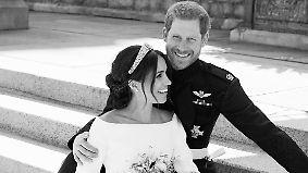 Meghan und Harry ganz lässig: Kensington-Palast veröffentlicht Hochzeitsfotos