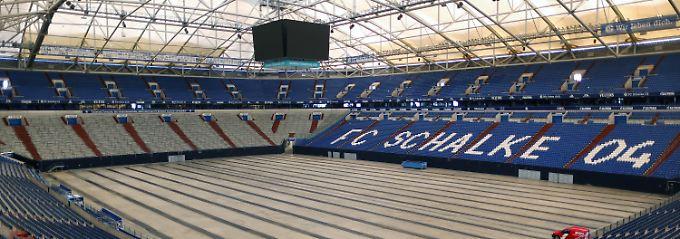 Woher kommt der deutsche Hype?: Darts-Elite schafft Weltrekord auf Schalke