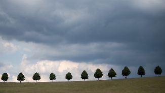 Wetter weiter zweigeteilt: Gewitter lassen nachts nur vorübergehend nach