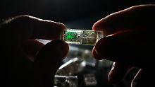 Viel einfachere Untersuchung: Schluckbarer Sensor findet Magenprobleme