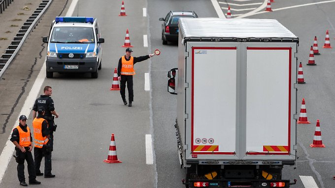 Seit September 2015 gibt es wieder Kontrollen an der Grenze zu Österreich.