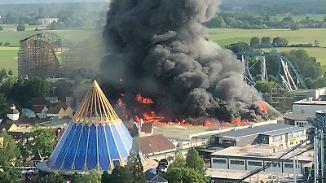 Zehntausende Besucher gefährdet: Großbrand im Europapark löst Massenevakuierung aus