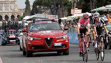 Zeit vorzeitig gestoppt: Umstrittener Froome fährt zum Giro-Sieg