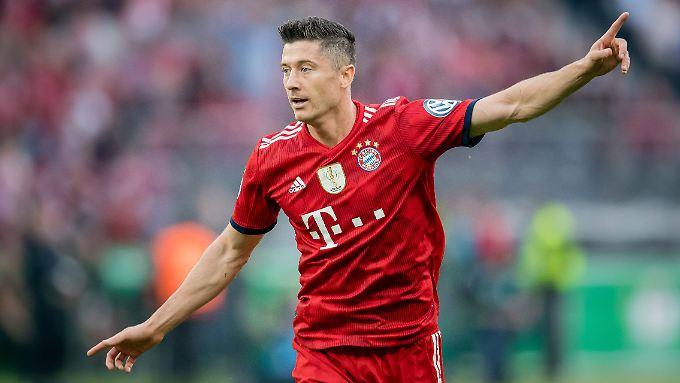 Wo wird Robert Lewandowski nach der WM spielen?
