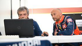 Gabriele Tarquini (r) war an der Entwicklung des Hyundai i30 N TCR beteiligt.