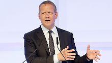 Die USA brechen internationales Recht, sagt DIHK-Präsident Eric Schweitzer.