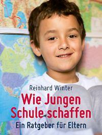 """Winter hat zu dem Thema ein Buch geschrieben. """"Wie Jungen Schule schaffen"""" ist bei Beltz erschienen und kostet 16,95 Euro."""