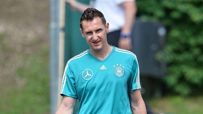 Miroslav Klose macht wieder eine WM-Vorbereitung mit. Doch diesmal muss er sich körperlich nicht mehr so schinden.