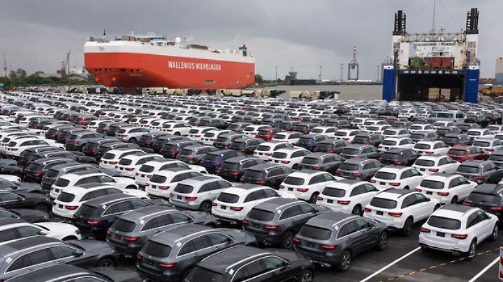 Donald Trump droht, auf Auto-Importe höhere Zölle zu erheben.