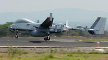Bewaffnungsfähige Fluggeräte: Ausschuss bewilligt Bundeswehr-Drohnen