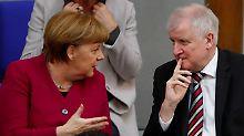 CDU stärkt Merkel im Asylstreit: Kanzlerin kommt der CSU entgegen
