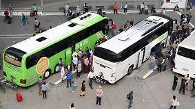 Sinkende Ticketpreise bei der Bahn: Reisen im Fernbus wird teurer