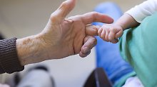 Kein Versicherungsschutz: Oma muss für Unfall geradestehen