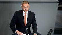 """""""Wem nichts heilig ist - der kann für sich nicht in Anspruch nehmen, bürgerliche Partei zu sein"""", sagte FDP-Chef Lindner über Söders CSU."""