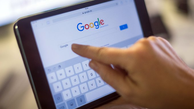 Google News soll künftig nicht mehr ohne Erlaubnis Überschriften oder kurze Ausschnitte von Pressetexten anzeigen dürfen.