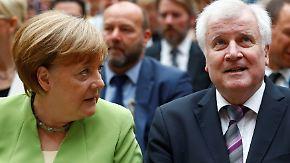 """""""Wäre eine weltweite Uraufführung"""": Seehofer warnt Merkel vor seiner Entlassung"""