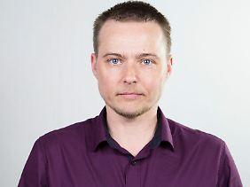 Lars wurde in Russland geboren und wuchs dort auf. Heute lebt er in Berlin.