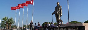 """Alles geht den Bach runter"": Liberale Türken verlieren unter Erdogan die Hoffnung"