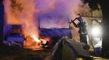 In mehreren Vierteln von Nantes, die als soziale Brennpunkte gelten, wurden erneut Autos angezündet und Geschäfte beschädigt.