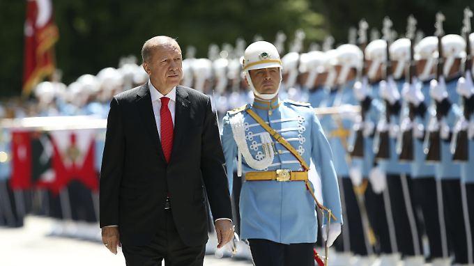 Erdogan vertraut längst nicht allen Armeeangehörigen in seinem Land.