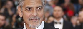 Bei Dreharbeiten auf Sardinien: George Clooney verletzt sich bei Roller-Unfall