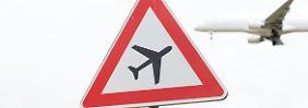 Streiks, Wartezeiten, Engpässe: Flugreisende beschweren sich häufiger
