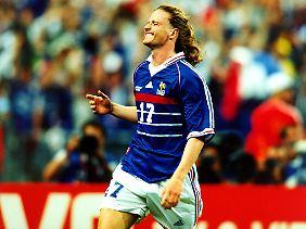 Der Franzose Emmanuel Petit kann sich heute nicht hundertprozentig über den WM-Titel von 1998 freuen.