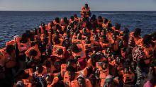 Contes Brief zeigt Wirkung: Deutschland nimmt 50 Bootsflüchtlinge auf
