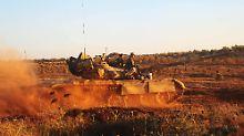 Syrische Truppen rücken auf Daraa vor: Mittlerweile haben die letzten Rebellen die Stadt verlassen.