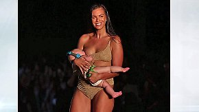 "Promi-News des Tages: ""Sports Illustrated""-Model stillt Baby auf dem Catwalk"