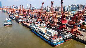 Welt-Handelsindex im Juni: Trumps Protektionismus bringt globalen Handel aus den Fugen