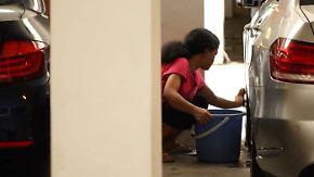 """""""Wurde mehrfach verprügelt"""": Tausende Frauen werden in Singapur wie Sklavinnen gehalten"""